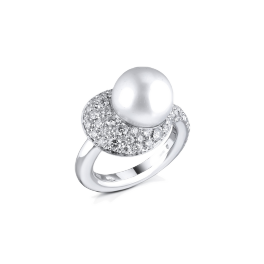 Кольцо с бриллиантом Mikimoto  с жемчугом и бриллиантами
