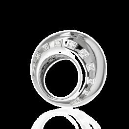Кольцо с бриллиантом de Grisogono  с бриллиантами
